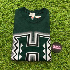 University of Hawaii NWT Green shirt
